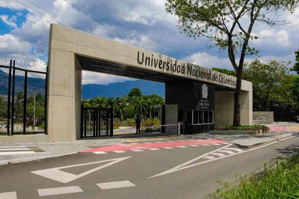 Simulacro universidad nacional gratis en PDF y online
